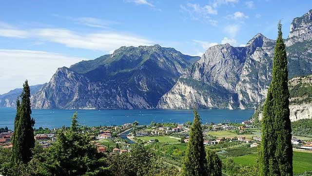 Binnensee Gardasee - der größte See Italiens